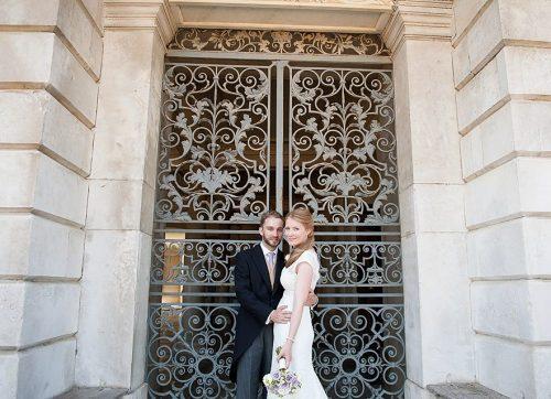 Surrey wedding photographer - Jess & Nick's wedding at Hampton Court Palace