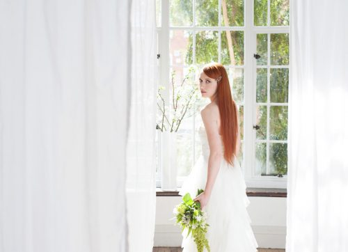 STYLED SHOOT / A fresh white wedding with a twist of lime