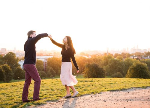 Edith & Freddie's Sunrise London Engagement shoot