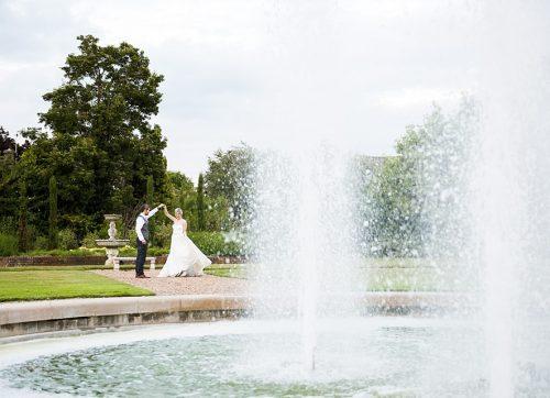 surrey wedding photographer / beautiful wedding at fetcham park