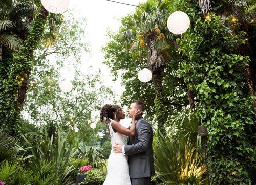 An elegant & vibrant Hampton Court House wedding - Belle & Tim