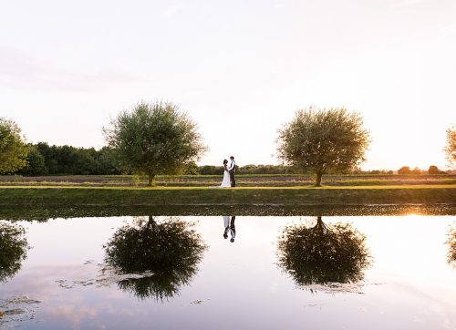 Cambridgeshire wedding photographer / A beautiful outdoor Summer wedding at The Old Hall Ely