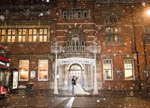 Snowy London wedding at Finsbury Town Hall