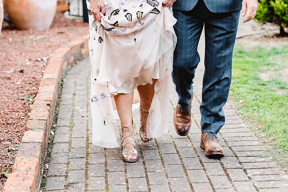 natural wedding photographer helpful tips