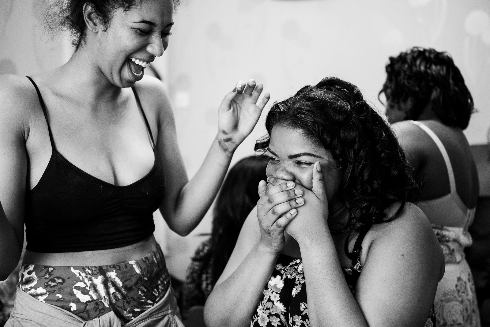 black-women-laughing-wedding-morning